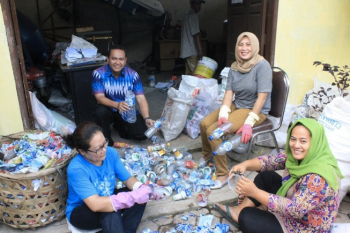 """Waste Bank"" at Medan Selayang Subdistrict. The recyclable waste is sorted out and sold to the vendors for further recycling process"
